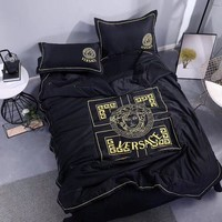 Black Comfortable Soft VERSACE Bedding Blanket Quilt Coverlet Pillow Shams 4 PC Bedding Sets Home Decor