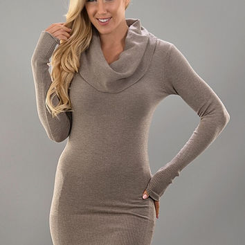 Fitted Cowl Neck Sweater - Mocha