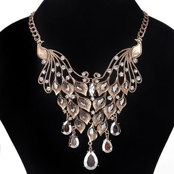 Fasion Crystal Necklace Statement