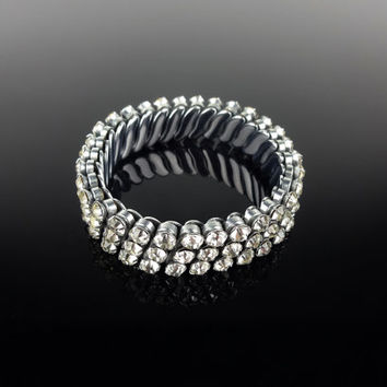 Glass Rhinestone Sparkle Stretch Bracelet - 1950s Hollywood Regency