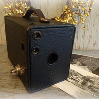 antique kodak brownie no. 2  model D camera / circa 1900's / urban loft / home & office decor / prop / EPSTeam