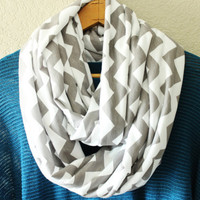 Infinity scarf, circle scarf, eternity scarf, loop scarf, tube scarf, Chevron, Gray and White, Knit Scarf ,Fall Trend, Christmas Gift