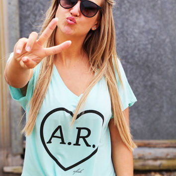 AR Heart V-Neck {Mint}