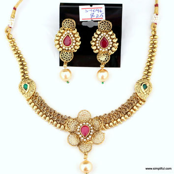 Creative Ruby and Green Short Necklace and Stud Earring