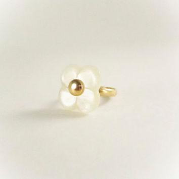 Vintage White and Gold Flower Ring, Pearlescent White, Vintage Ring, Statement Ring,  Bridesmaid Gift, Flower Girl,Gold Ring, Spring Jewelry