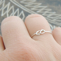Infinity Knot Sterling Silver Ring. Delicate Dainty bridal Jewelry Ring. Best friend gift idea. Christmas gift. Silver knot. Made to order