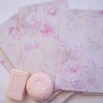 Chic and Shabby Guest Towel