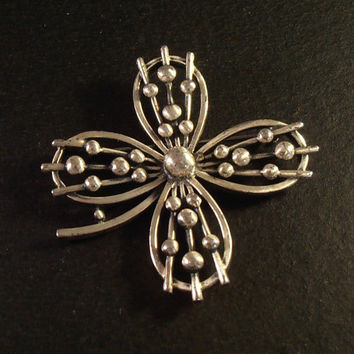 Sterling 4 Leaf Clover Cross Brooch, Good Luck, Beaded Well Made Unusual 16 grams