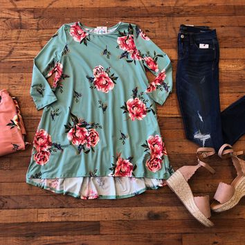 Kira Floral Tunic in Peach and Mint