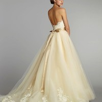 Sleeveless Scalloped Lace Sweetheart Champagne/Ivory/White Wedding Dresses Gowns