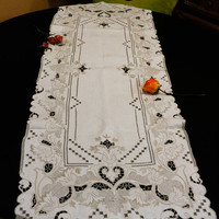 Madeira Linen Table Runner, Ecru Beige, Light Brown Embroidery, Cut Work Drawn Work, Embroidered Flowers, Geometric, 1930s, Vintage