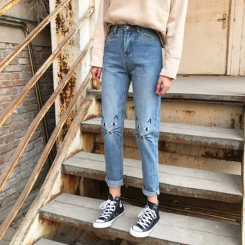 High Waist Jeans Women 2017 Spring Cat Embroidery Jeans Female American Apparel Mom Boyfriend Jeans Femme Women Pants