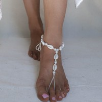 La Concha Cowrie Seashell and Pearl Anklet