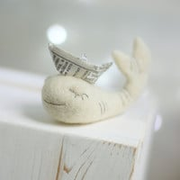 Needle Felt Whale - Needle Felt White Whale With Newspaper Origami Boat -Needle Felt Art Doll - Whale Miniature