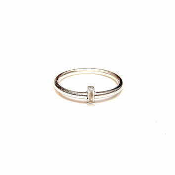 Diamond engagement ring, sterling silver and facet baguette diamond - elegant solitaire ring