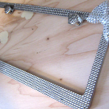 Gray 6Row Bling Rhinestone License Plate Frame with Clear/White Bow and 2 Caps
