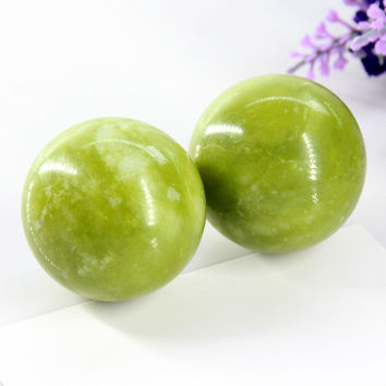 Beauty Natural JADE Massage Relaxation ball For Body Chakra Stone Health jewelry bracelet massageador 2015 Free Shipping
