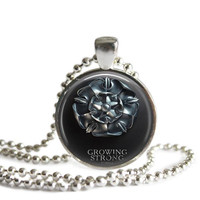 Game of Thrones Necklace House of Tyrell Growing Strong