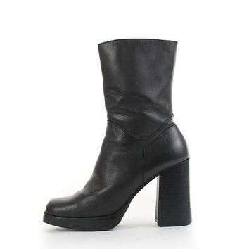 Platform Boots 8.5 Chunky Block Heel Black Leather Ankle Boot CANDIES Minimalist Goth 90s Vintage Shoes Women's Size US 8.5 / UK 6.5 / Eur39