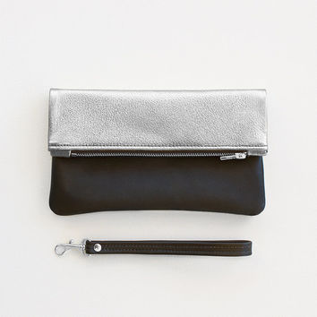 Metallic Silver and Black Leather Fold Over Zipper Clutch, Fold Over Wristlet, Wedding Clutch, Everyday Wristlet, Evening Clutch