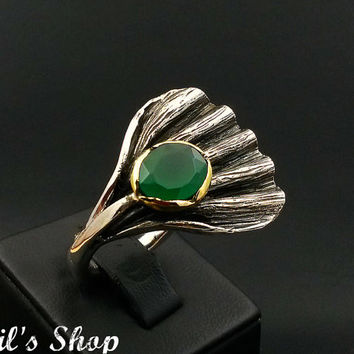 Ring, Bague, Anillo, Special Design Jewelry, 925 Sterling Silver, Gift For Her, Hammered, Oxidized, Handmade With Emerald Stone, US Size 8