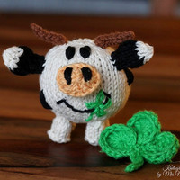Minimoo toy cow knitting pattern for beginners and advanced knitters, spring gift and decoration, easter, gift for kids and adults