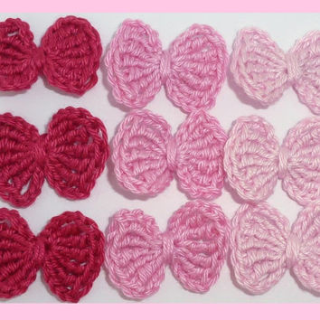 9 small, crochet bows, appliques and embellishments