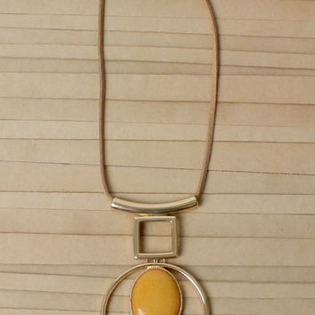 Tia Oval Natural Stone Necklace