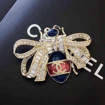 Chanel Women Fashion Bee Diamonds Crystal Brooch