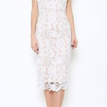 Class Act White Beige Crochet Lace Spaghetti Strap Sleeveless Sweetheart Neck Scallop Midi Dress