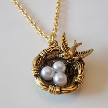 Bird Nest necklace, Birdnest charm, Bird eggs necklace, Personalized necklace, Antique gold necklace