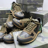 ca spbest Mens green camo valentino rock runner