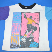 90s Skate Series Over The Wall Skateboard Neon t-shirt Toddler 5/6