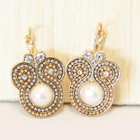 Pearl Yala Earrings
