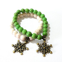 Snowflakes Charm Bracelet, Green, White Gemstone Beaded with Brass Snowflakes Charm, Elastic Bracelet, Christams Jewelry