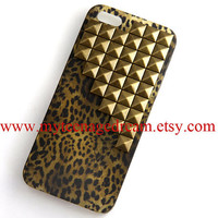 Iphone 5 Case, studded leopard Cases for iPhone 5, antique bronze studs, cheetah iphone 5 hard case