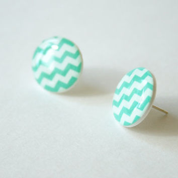 Zig-Zag Patterned Post Earrings in Aqua