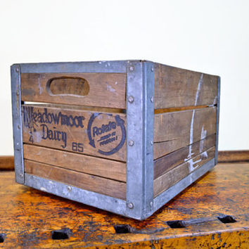 Vintage Wood Crate, Meadowmoor Dairy Crate, Al Capones Dairy, Wooden Crate, Antique Dairy Crate, Milk Crate, Wood Box, 1960s, Chicago