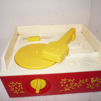 Vintage 1971 Fisher Price Record Music Box Player 1 Disk London Bridge /Oh where has my little dog gone #995