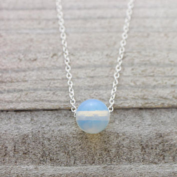 Round moonstone silver chain necklace