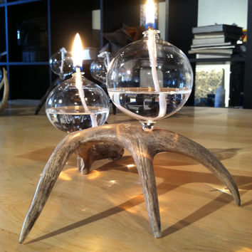 Antler oil lamp with 2 glass globes