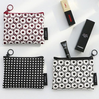 Iconic Plain pattern small flat zipper pouch