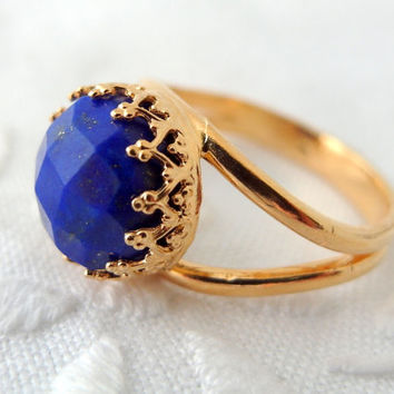 Lapis Lazuli ring, Gemstone ring, Gold ring, Navy blue stone ring, Vintage ring, 10 mm stone, Gold delicate ring, Crown bezel, Bridal ring