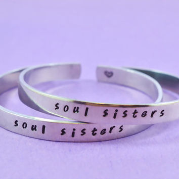 soul sisters - Hand Stamped Aluminum Cuff Bracelets Set, Handwritten Font, Forever Love, Friendship, BFF