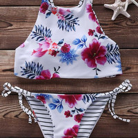 CUTE BELLYBAND FLORAL STRIPE NET TWO SDISE WEAR TWO PIECE BIKINI