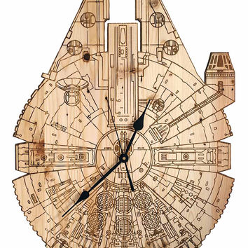 Millennium Falcon - Oversized Clock