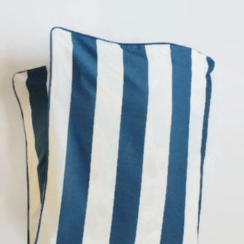 Large Stripe in Navy Toddler Duvet