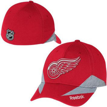 Detroit Red Wings NHL1415 Center Ice Practice Flex Fit Hat