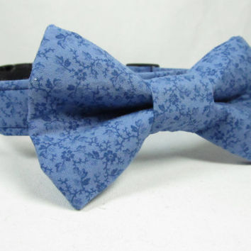 Designer Dog Collar and bowtie  - Blue Floral Print  - Wedding Dog Collar, Navy dog collar, bow tie dog collar