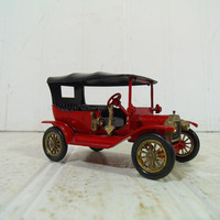 Vintage Lesney Die Cast Car Models of Yesteryear Collection - Red 1911 Ford Model T Made in England - Mid Century Matchbook Collectible Car
